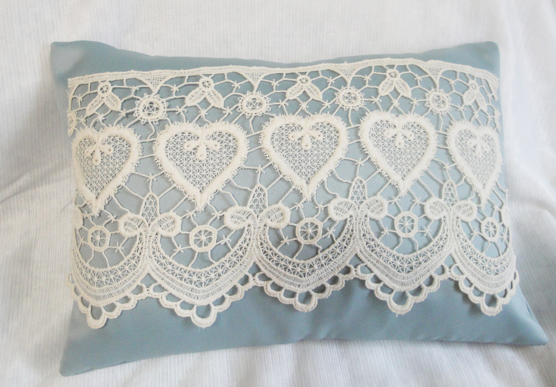 Five ways to incorporate lace into your home d cor www for Lace home decor